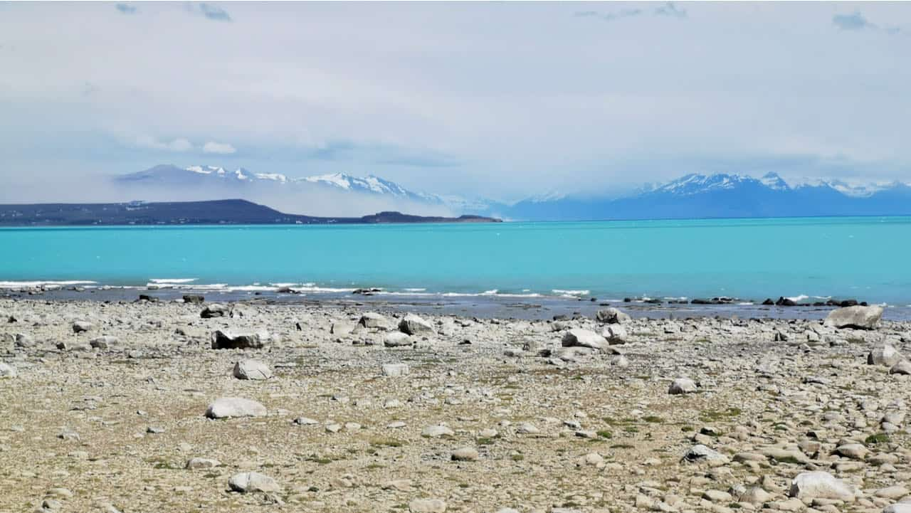 Patagonia itinerary - bright water colours